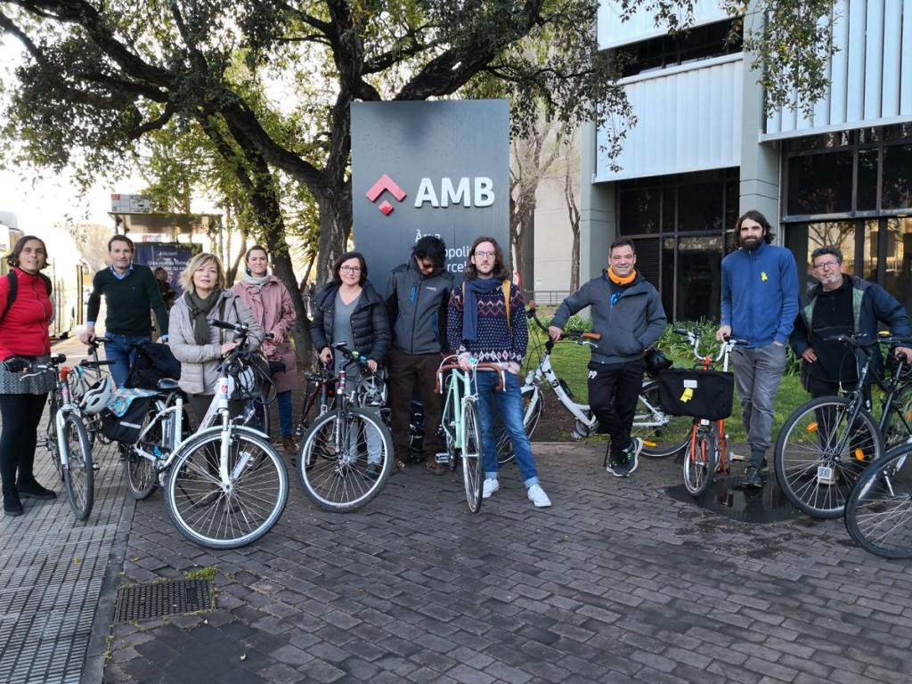 AMB bici a zona franca