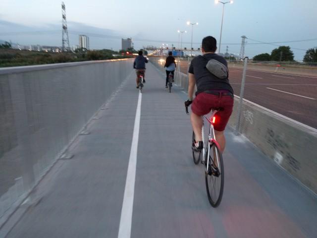 Reobert el pas de vianants i ciclistes del pont de la C-31