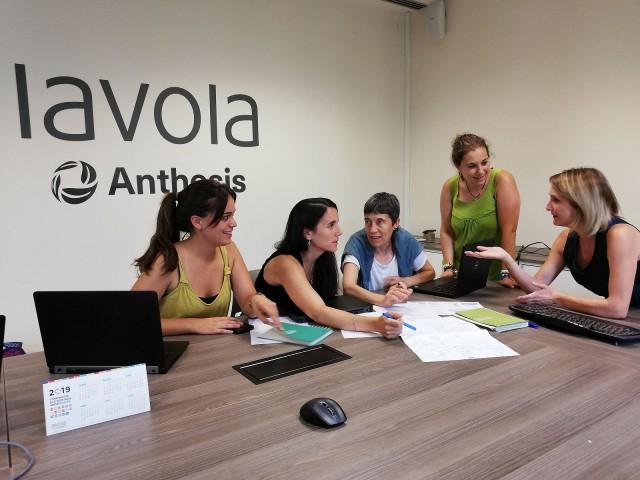 """""""Gestionar i dinamitzar el Compartim un futur ha permès a Lavola adquirir experiència i coneixements, així com posar en pràctica tota la seva expertesa"""""""