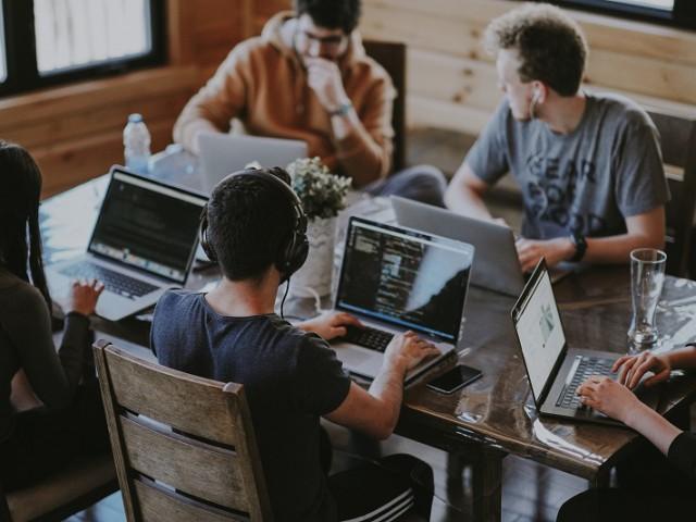 Programa d' emprenedoria i talent jove
