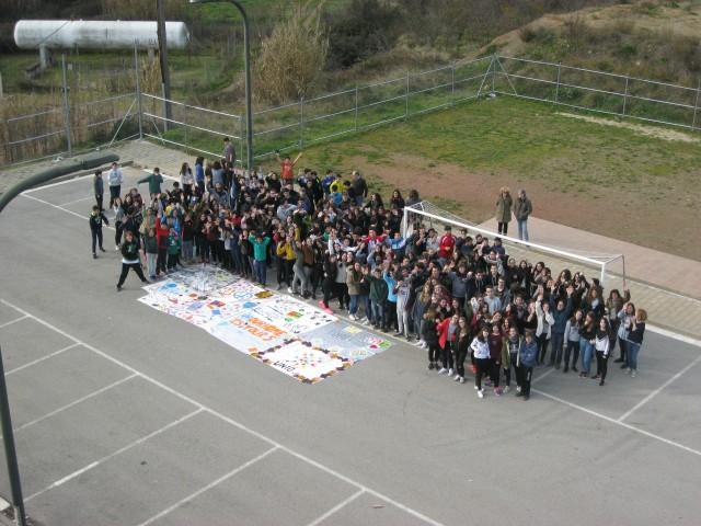 L'Institut de Torrelles es mobilitza per la causa dels refugiats