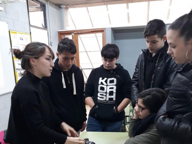 Aprenem a fer vídeos a l'Institut Vázquez Montalban de Sant Adrià