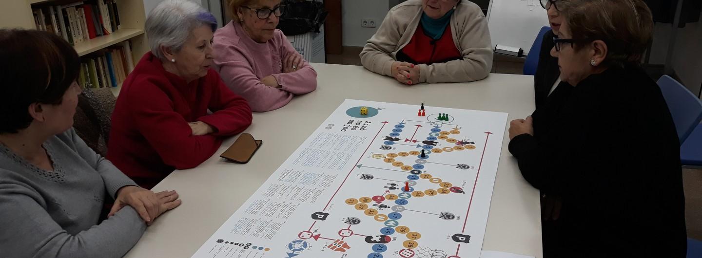 Reflexionem a través del joc des del casal de la gent gran Casa de la Mina de Montcada