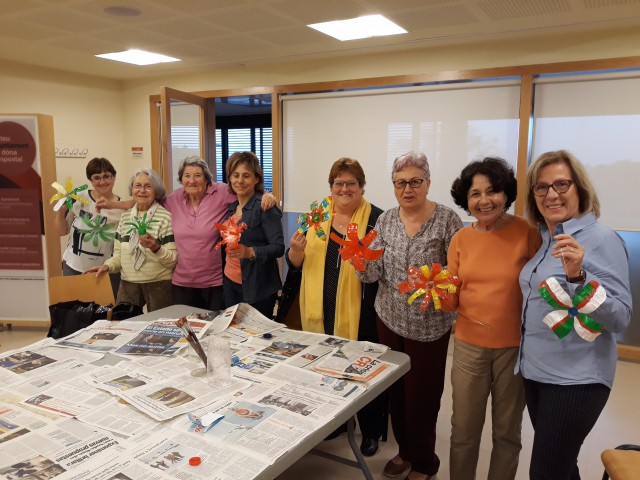 El Casal de la Dona de Santa Coloma de Cervelló participa activament al taller