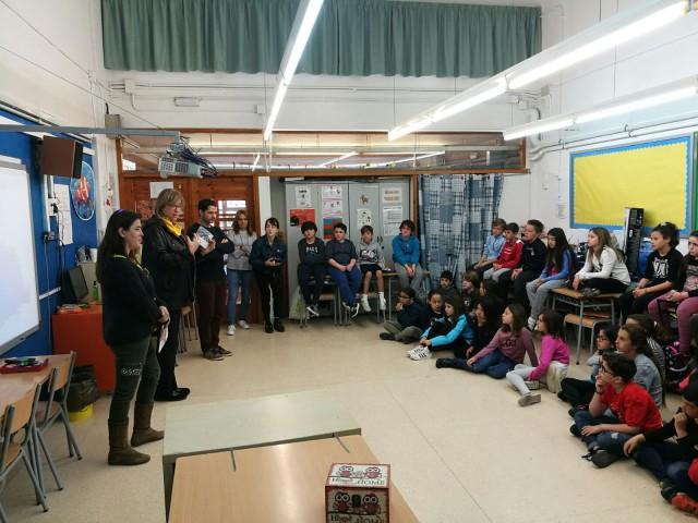 L'alumnat de 4t de Primària de Begues participa de forma molt activa
