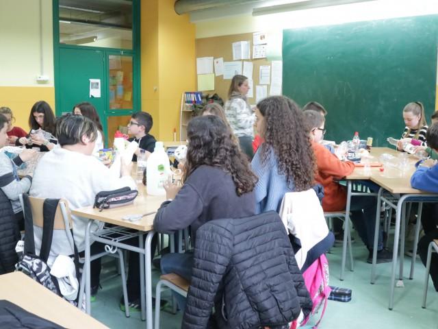 Els cursos de 1r ESO de l'Institut de Torrelles participen activament en el programa