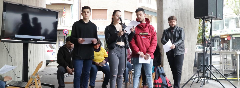 Sant Adrià del Besòs surt al carrer en defensa dels drets de les persones refugiades