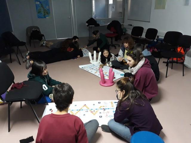 Reflexionem sobre els drets humans amb l'Esplai Petikipeti de La Palma de Cervelló