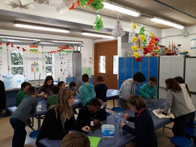 Reflexionem a l'Escola Sant Cristòfor de Begues sobre els drets de les persones refugiades