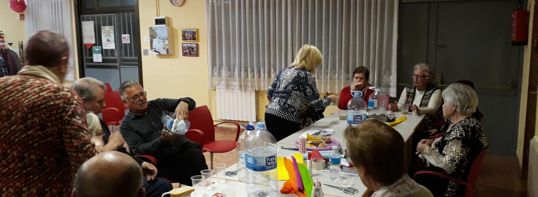 El Casal de gent gran del barri de Sant Antoni de Sant Vicenç dels Horts participa en els tallers