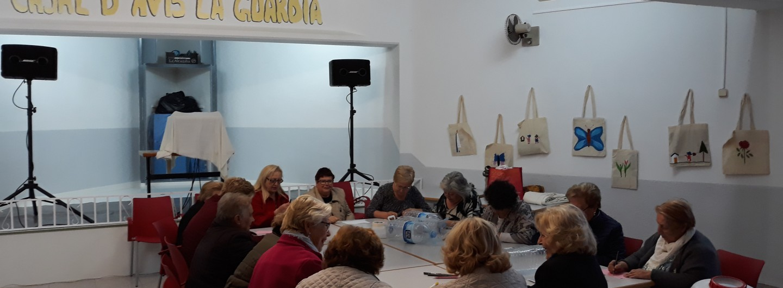 El Casal de gent gran del barri de La Guàrdia de Sant Vicenç dels Horts reflexiona sobre els drets de les persones refugiades